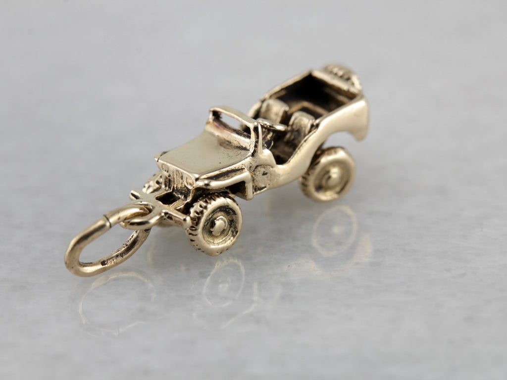 Vintage Jeep Charm with Moving Wheels in Yellow Gold