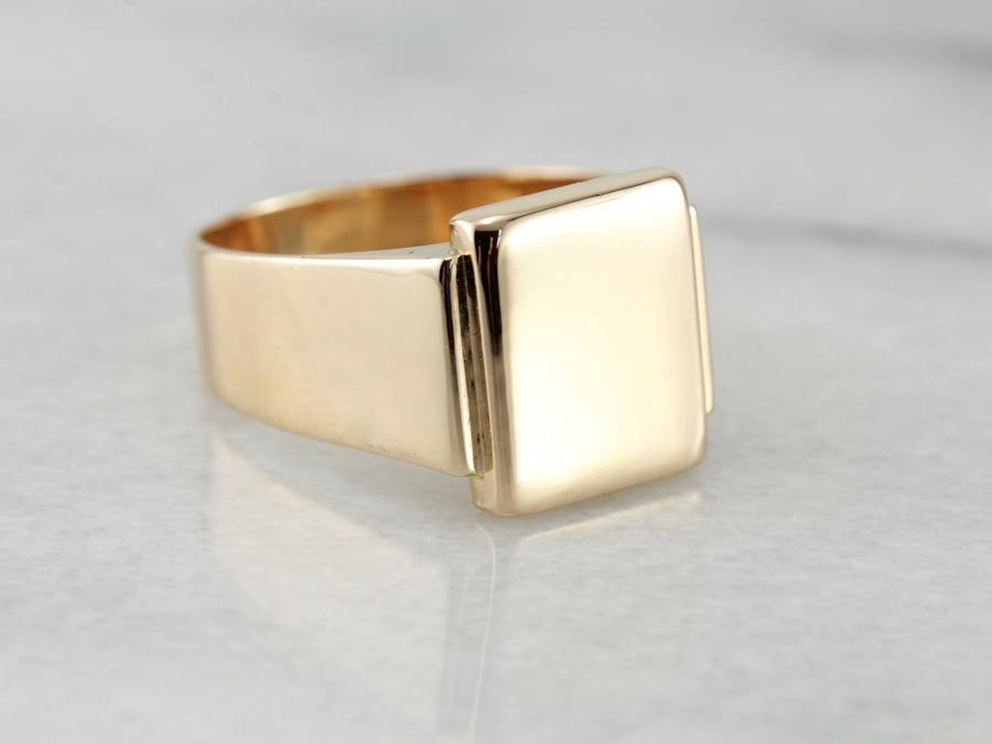 Hefty Men's Signet Ring Crafted of Fine Gold