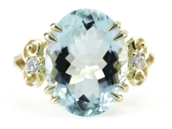 The Evelyn Aquamarine Ring by Elizabeth Henry