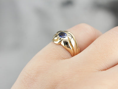 Vintage Small Sapphire Ring in Polished Yellow Gold