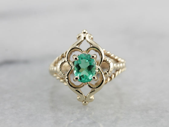 Vintage Emerald Ring with Rope Details and Scallop Frame