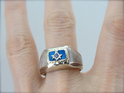 Vintage Masonic Ring in Guilloche Enamel and Textured White Gold