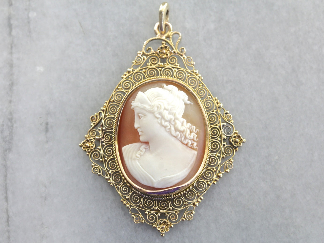 Pretty vintage cameo pendant in lacey filigree setting aloadofball Images