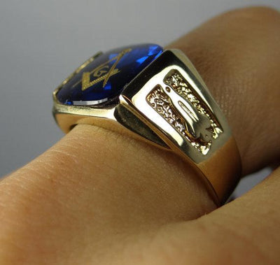 Vintage Masonic Symbol Blue Glass Yellow Gold Signet Ring