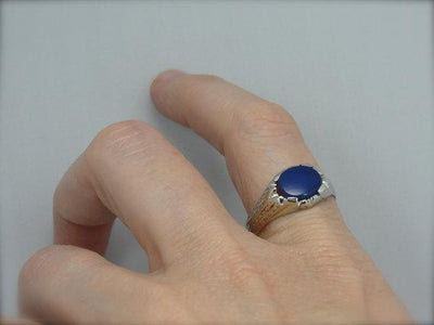 Stunning Art Deco White Gold Blue Onyx Ring