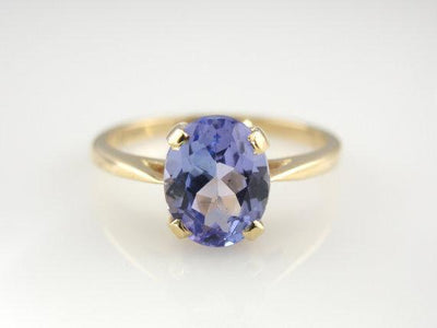 Beautiful Gold and Tanzanite Solitaire Ring