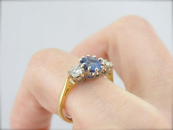 Cornflower Ceylon Sapphire Ring with Diamond Accents