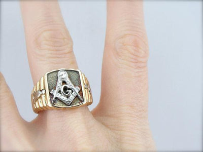 Vintage Masonic Two Tone Men's Ring