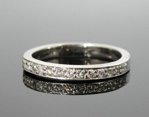 14k White Gold Pave Channel Top Wedding Band
