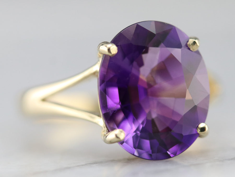 Yellow Gold Amethyst Solitaire Ring