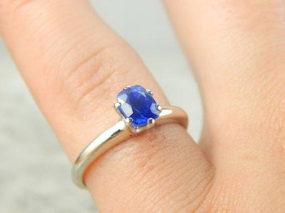 Amazing White Gold and Bright Blue Sapphire Ring