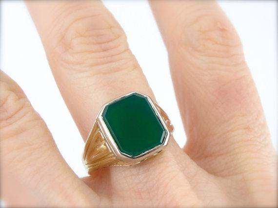 Green and White Gold, Green Onyx Ring from Early 1900's