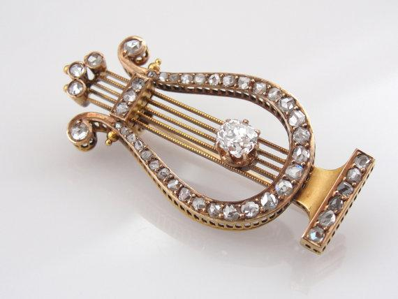 Antique Musical Lyre Brooch