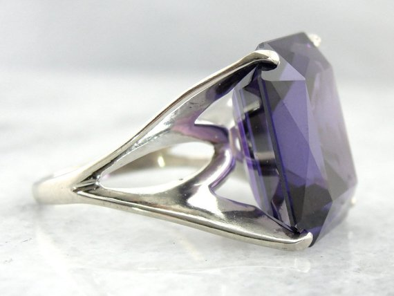 Vintage Synthetic Alexandrite Cocktail Ring