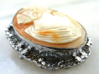 Beautiful Silver and Fine Shell Cameo Brooch/Pin