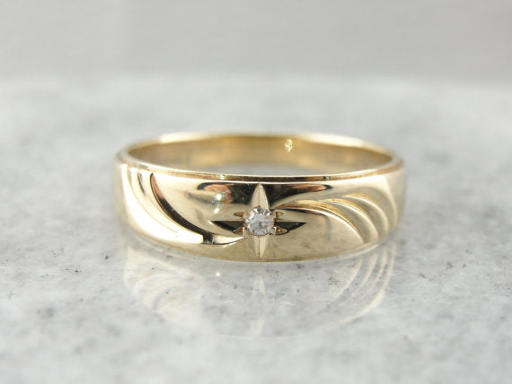 Starburst Diamond and Yellow Gold Wedding Band