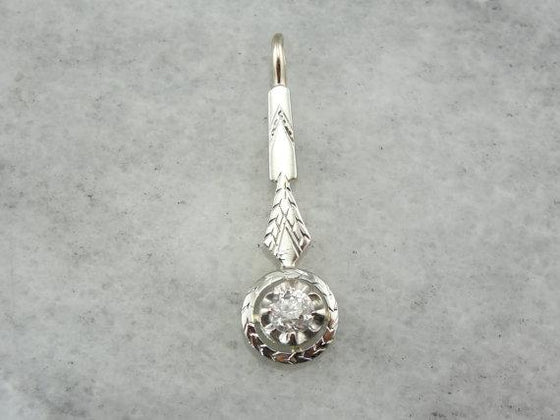 Long and Lit: Diamond and White Gold Vintage Pendant