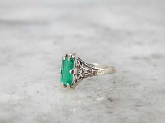 Bright Colombian Emerald and Small Antique Filigree Ring
