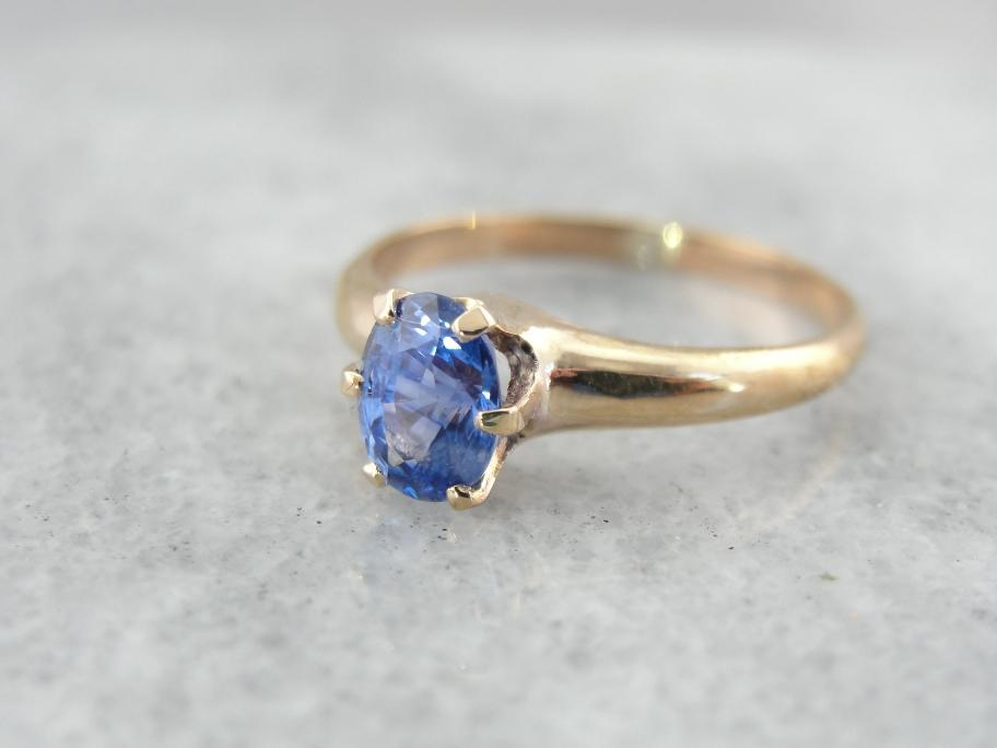 Absolutely Stunning Sapphire and a Classic, Versatile Ring Mounting