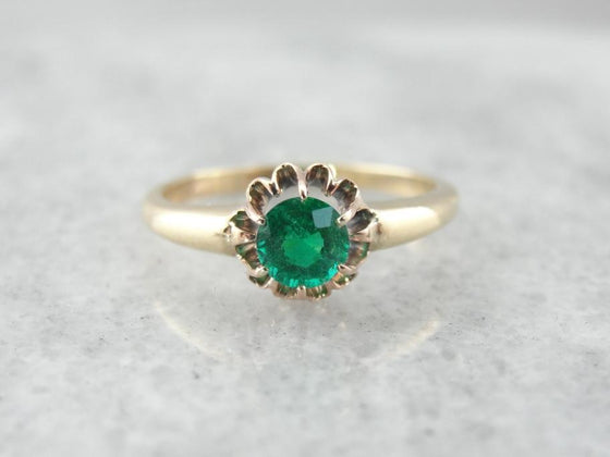 Antique Victorian Mounting and Pretty Emerald Ring