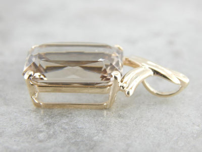 Elegant Smoky Quartz Pendant in Yellow Gold