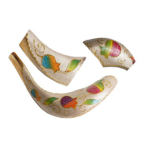Painted Ram Shofar - Pomegranate & Vine