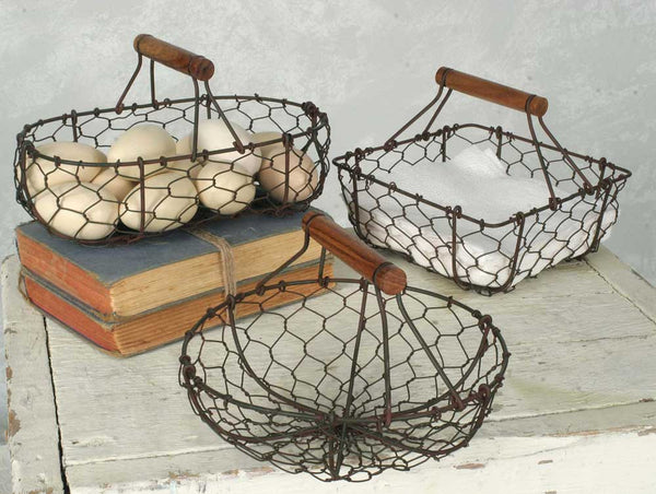 Country Rustic Set Of Three Chicken Wire Baskets in Green/Rust - Fine Design Trading Company