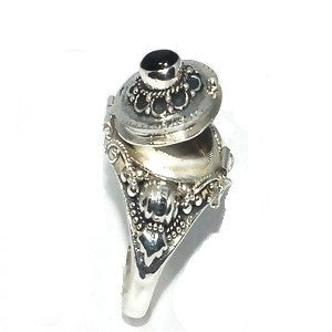 New Frescos Sterling Silver Bali Oval Keepsake Ring with Genuine Black Onyx - Fine Design Trading Company