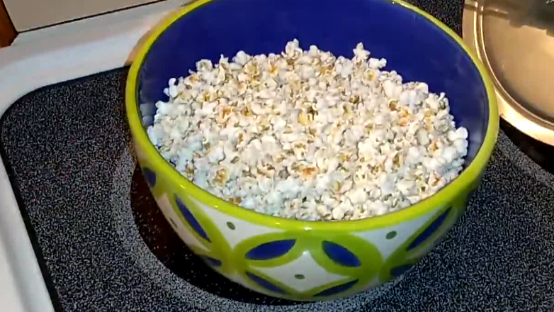 How-to Video for DIY Organic Popping Sorghum Using Oil, Stove and a Hand Crank Popper