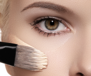 Pluck N File Genius Beauty Invention  >> 20 Mind Blowing Makeup Tips Every Woman Should Know Stonegirl