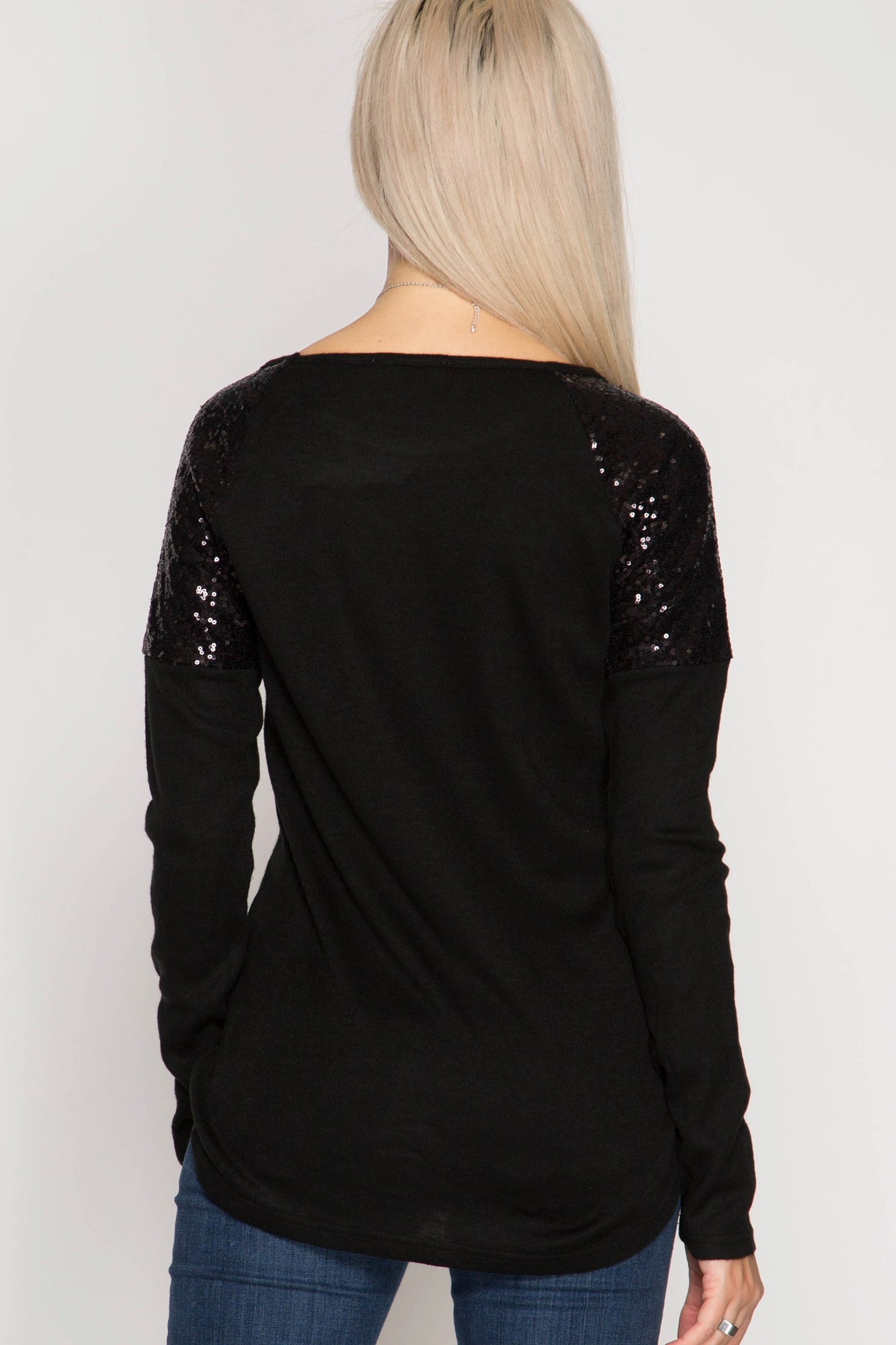 Hacci Top w/Sequin Shoulders