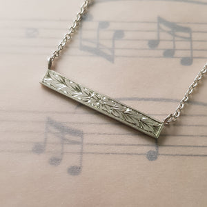 Hand engraved leaf and flower pattern necklace 45cm