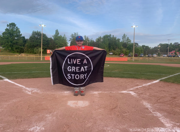 LIVE A GREAT STORY flag for youth baseball children