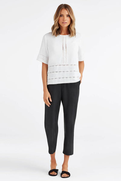 VETTA The Lace Blouse capsule wardrobe