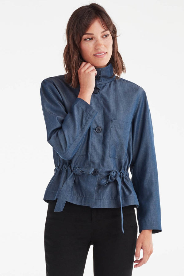 VETTA XS / Navy Chambray The Utility Jacket capsule wardrobe