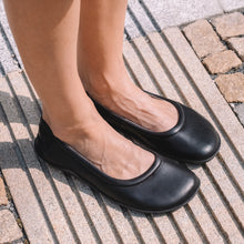 Joe Nimble - stepToes  - Womens - Black