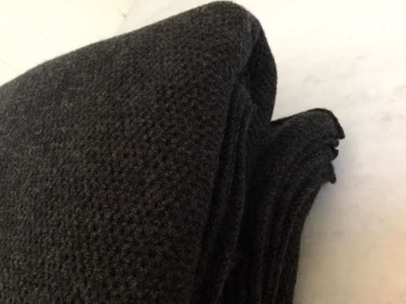 Waffle Stitch Cashmere Blanket Throw - Charcoal