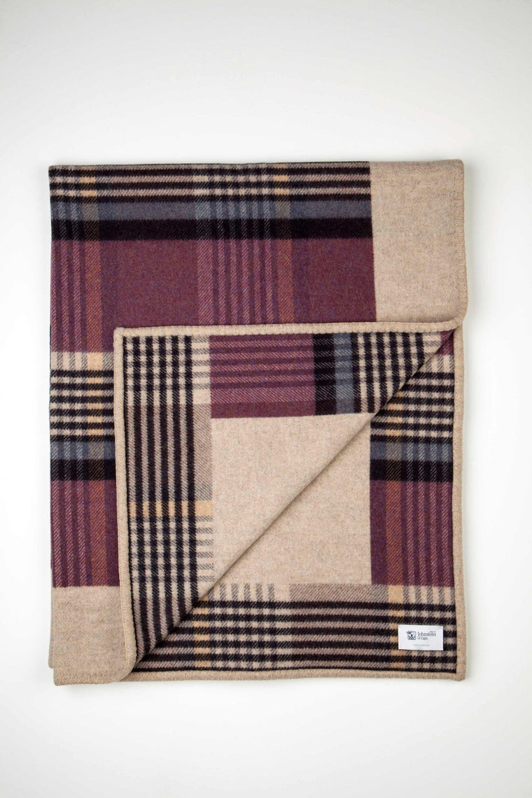 Lambswool Glen Tayberry Blanket Stitched Throw
