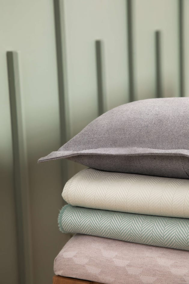 Merino Cashmere Throw - Duck Egg Herringbone