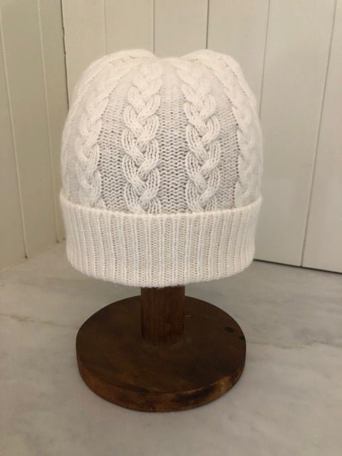 3-ply Beanies | Winter White Cable Knit