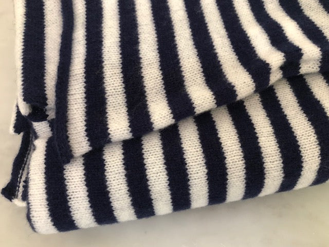 SCA Travelwrap - Navy Blue + White Stripe