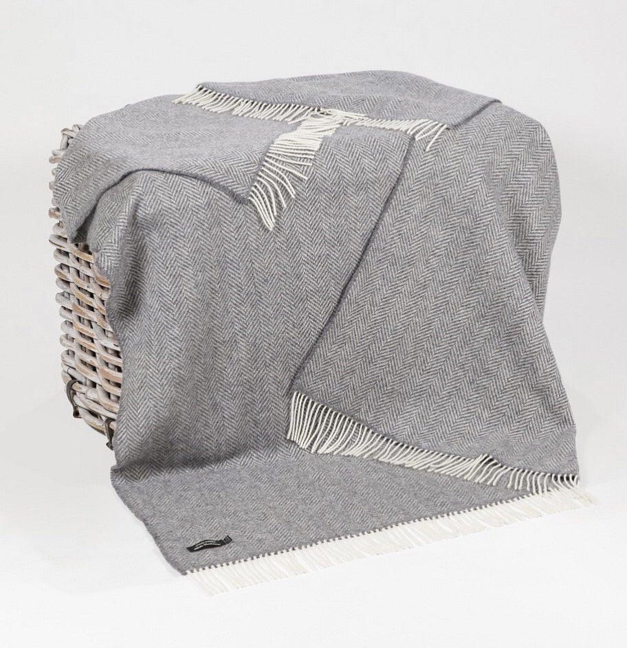 Merino Cashmere Throw - Grey Herringbone