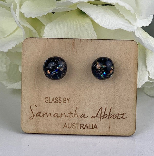 Samantha Abbott - Black Sparkly glass stud earrings