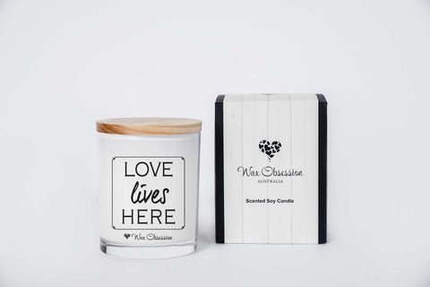 Quote Candle - Love Lives Here