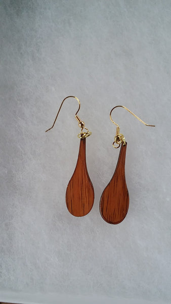 Hoe koa earrings