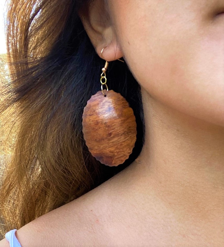 Opihi Koa Earrings - Hawaii Bookmark