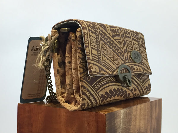 SewDaKine Mahua Polynesian Tribal Clutch Bag - Hawaii Bookmark