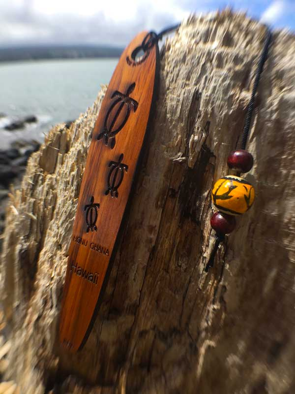 Honu 'Ohana Koa Bookmark - Hawaii Bookmark