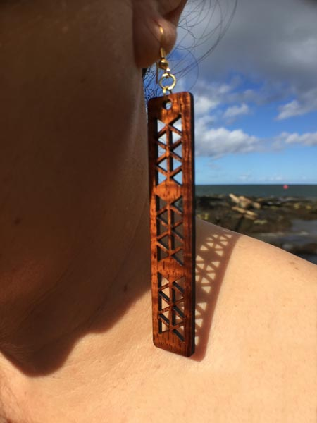 Kapena Koa Wood Earrings - Hawaii Bookmark