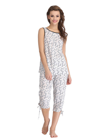 Clovia Printed Sleeveless Top & Capri Nightwear Set - White